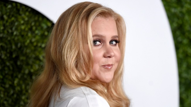 Amy Schumer Reacts to Allegations That She Stole Jokes From Three Comedians