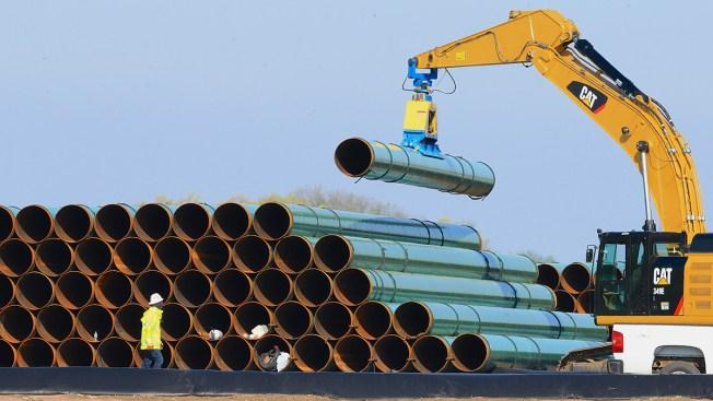 Oil in Pipeline Under Missouri River Reservoir: Company