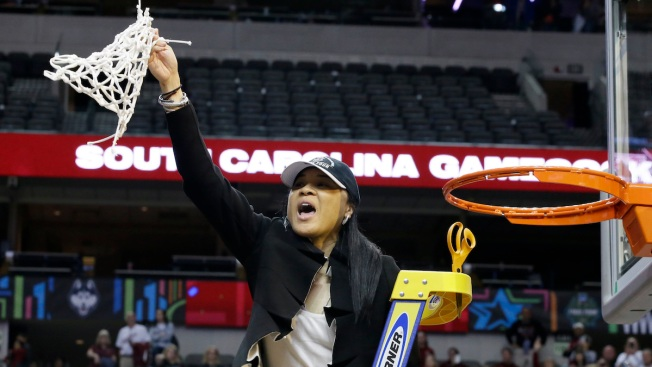 South Carolina Women's Hoops Coach: No White House Invite