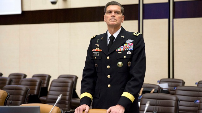 US General: Russia Is Both 'Arsonist and Fireman' in Syria