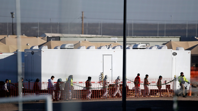 Texas Migrant Teen Tent City Staying Open Into 2019