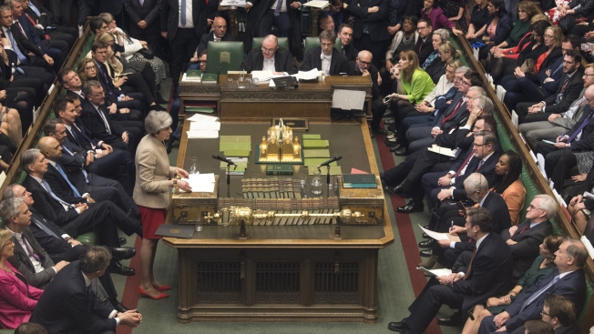 UK Parliament Rejects Alternatives to May's Brexit Deal