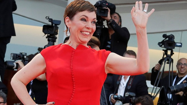 Actress Olivia Colman Gets Royal Honor Ahead of Debut in 'The Crown'