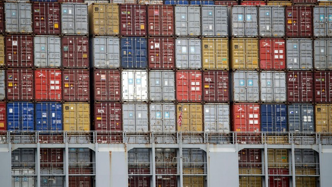 Port of Los Angeles Reports Trade War Starting to Affect Its Shipment Volumes