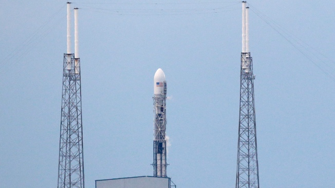 SpaceX Plans Drone Ship Rocket Landing for Jan. 17 Launch