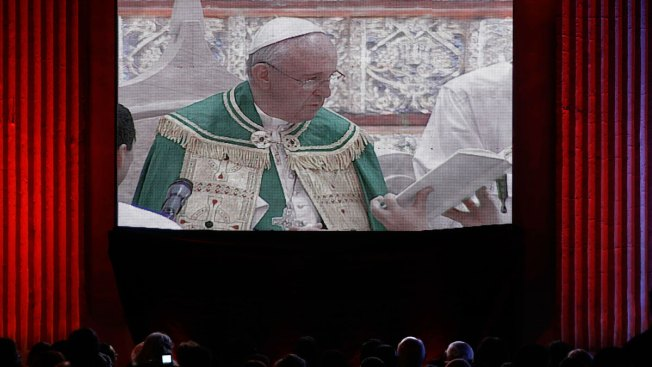 Pope Gushes About Paraguayan Women During Mass