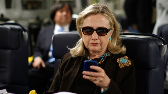Thousands of Clinton's Emails Released, Dozens Censored