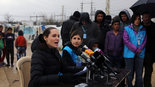 Angelina Jolie, in Lebanon, Says World Has Failed Refugees