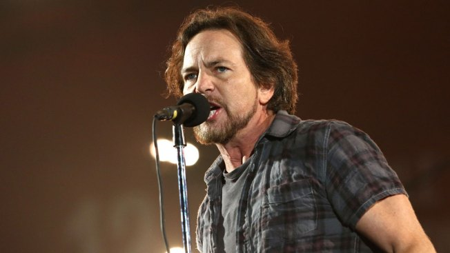 Neil Young to Induct Eddie Vedder Into Rock and Roll Hall of Fame