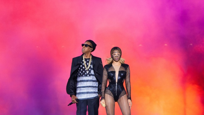 Fan Charged After Rushing Onstage at Beyonce, Jay-Z Atlanta Concert