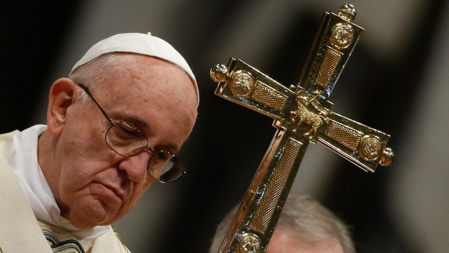 Pope Willing to Study Whether Women Can Serve as Deacons