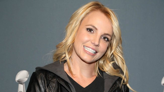 Britney Spears to Receive Millennium Award and Perform a Medley of Hits at the 2016 Billboard Music Awards
