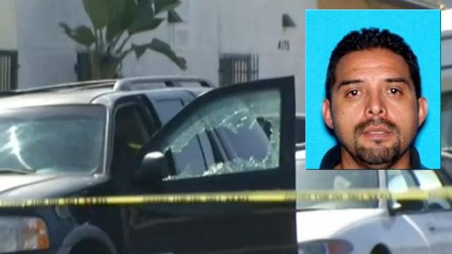 Detectives Seek Suspect in Man's Murder