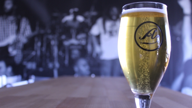 Pacific Beach's Amplified Ale Works Opens Tasting Room in Miramar