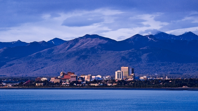Alaska Defunds Scholarships for Thousands of University Students Ahead of Fall Semester