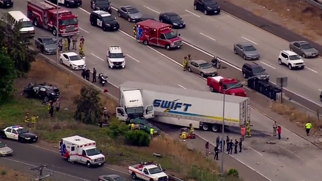 2 Dead, 6 Hurt in Big Rig Crash on SR-125 in La Mesa - NBC 7