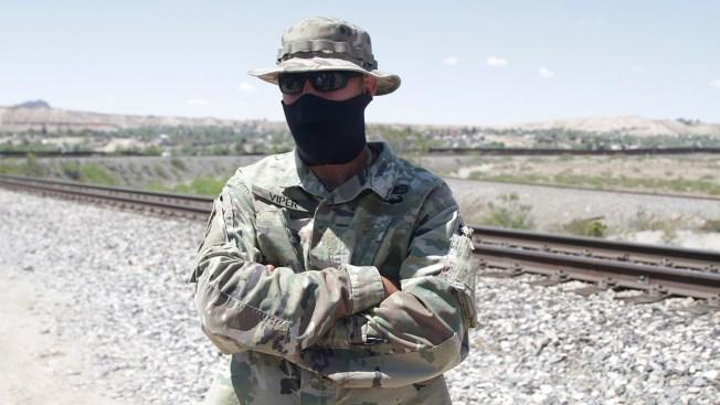 AP Explains: Militias Have Patrolled US Border for Decades