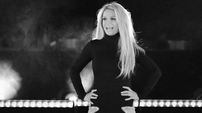 Britney Spears' Restraining Order Against Ex-Manager Extended