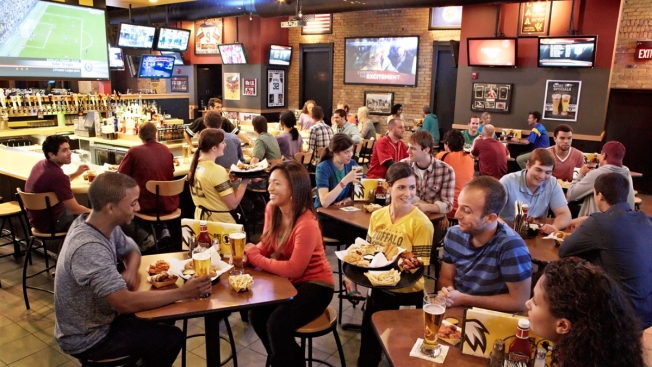 New Buffalo Wild Wings Opens in Oceanside