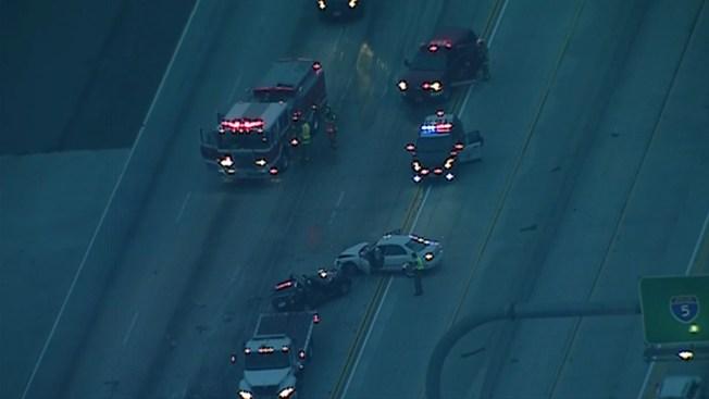 4 Injured as I-5 Crash Halts Traffic
