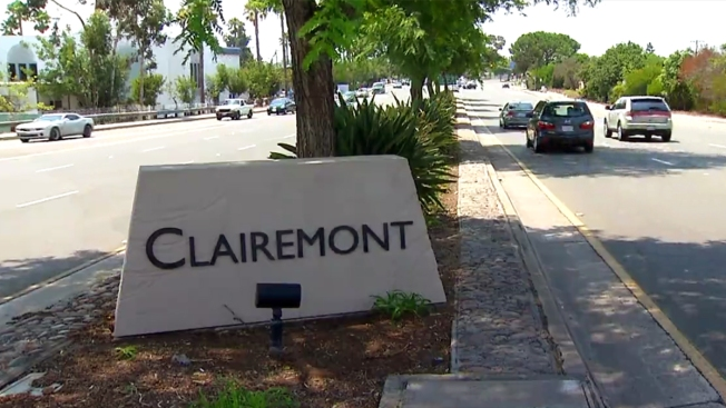 Restored Gateway Sign Installed in Clairemont