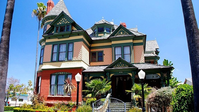 San Diego Mansion Housing Hotel Sold for $3.85 Million