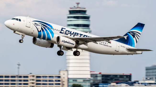Investigators Search for Wreckage of EgyptAir Plane, Test DNA