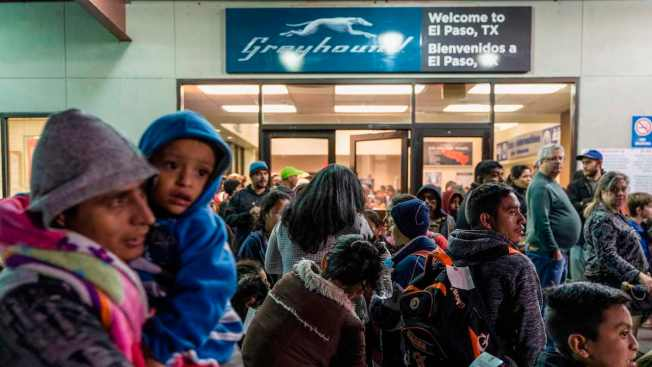 Greyhound to ICE: Drop Ticketless Migrants Outside Bus Stations