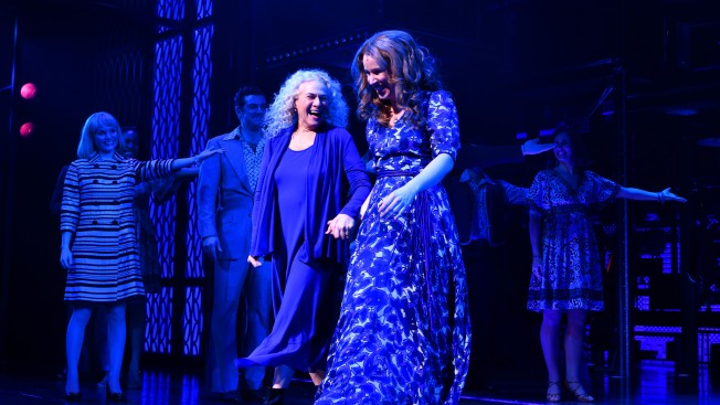Beautiful! Carole King Shows Up As Herself in Broadway Bio