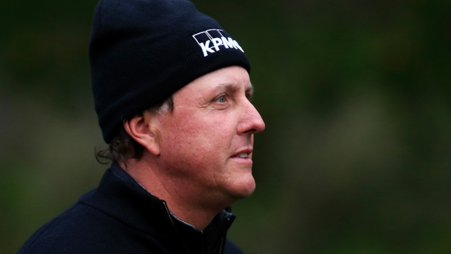 Wild Finish for Phil Mickelson, Wet One for Speith at Pebble