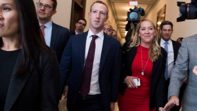 Senate Tech Critic to Facebook's Zuckerberg: Sell WhatsApp, Instagram