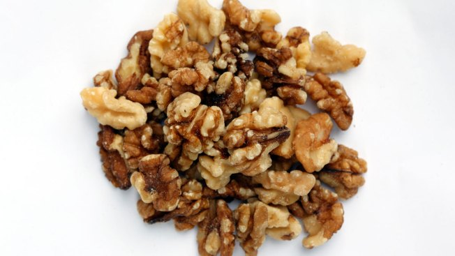 Walnuts Recalled for Possible Listeria Contamination