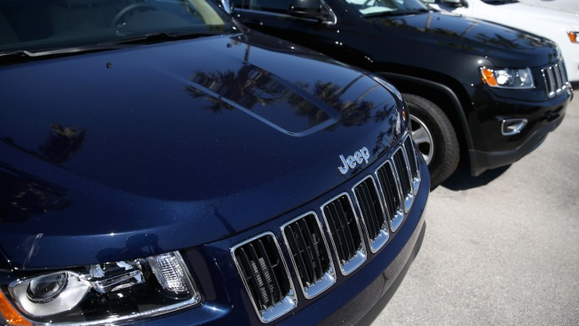Fiat Chrysler Recalls 1.4M Vehicles to Prevent Remote Hacking