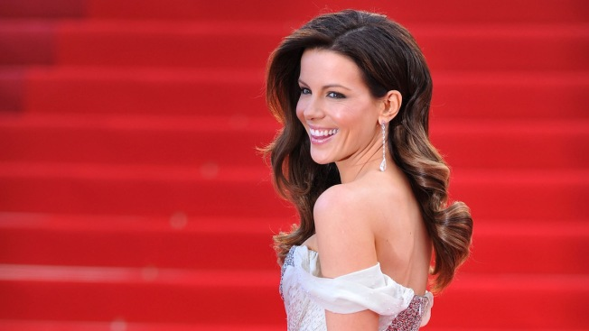 Kate Beckinsale Hospitalized for Ruptured Ovarian Cyst