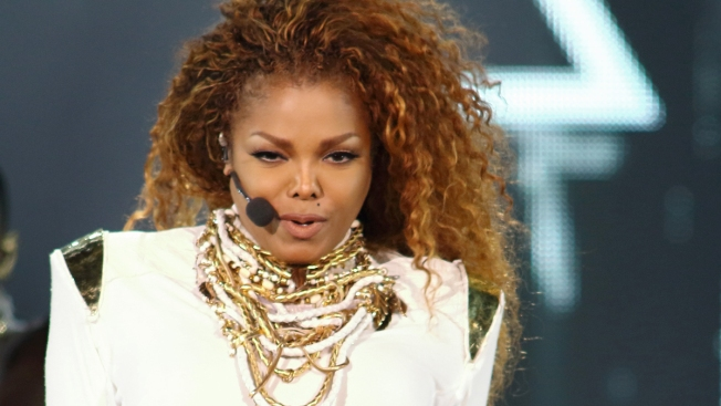 'Gon' B Alright': Janet Jackson Slams Cancer Rumors, Promises to Reschedule 'Unbreakable' Tour