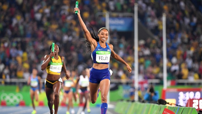 Allyson Felix Wins 6th Gold, Anchors 4x400 Relay; Centrowitz Wins 1,500 for US