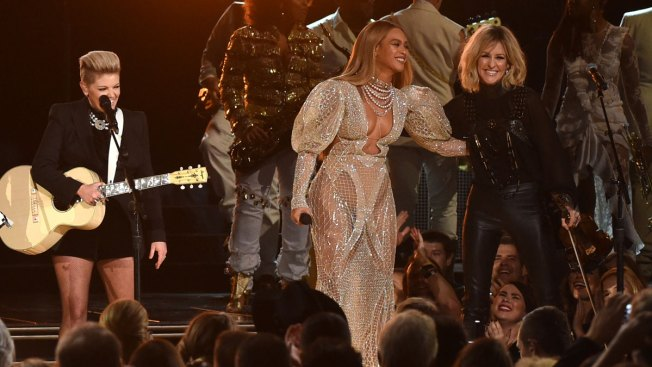 Beyonce-Dixie Chicks Collaboration Sparks a Clash on Social Media