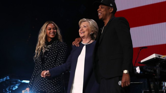 Beyoncé, Jay Z Say 'I'm With Her' at Clinton Rally in Cleveland