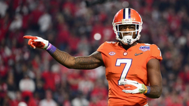 Los Angeles Chargers take WR Mike Williams of Clemson at No. 7