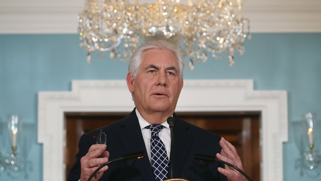 Tillerson Eyes Cutting 2,300 Jobs at State Department