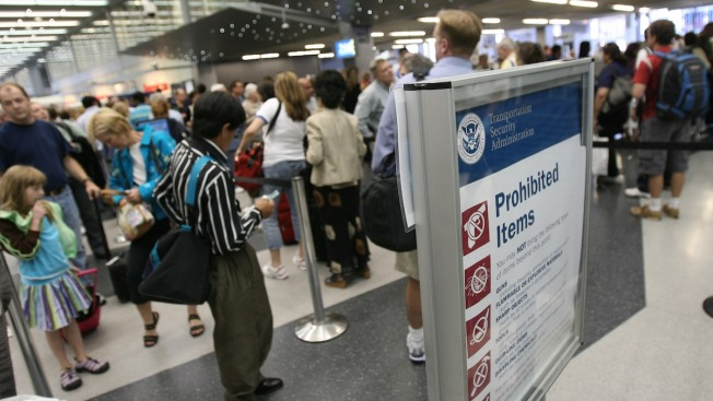 As Fliers Wait in Security Lines, Government Asks for Patience