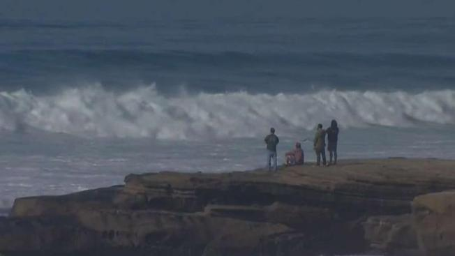 Potentially Dangerous Waves Hitting San Diego Beaches Monday