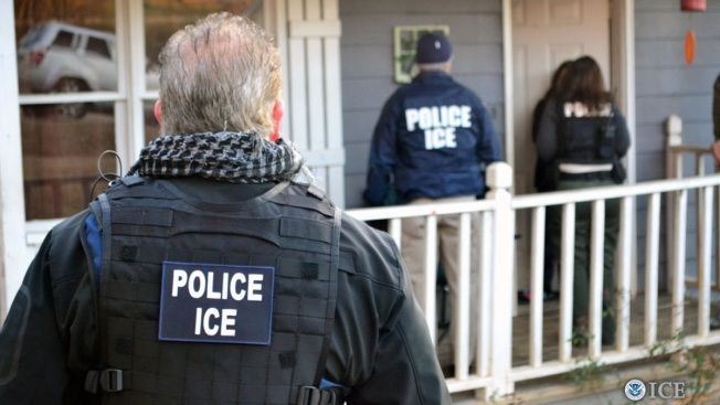 US: More Immigrants Arrested, Fewer Deported Under Trump
