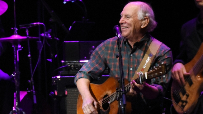 Jimmy Buffett Announces Surprise Belly Up Show