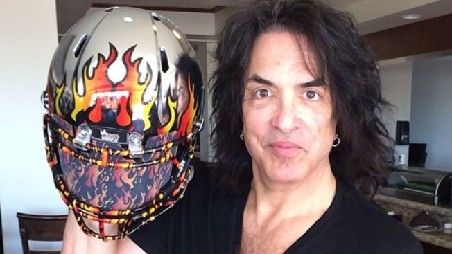 LA Kiss Unveils Uniforms for New Arena Football Team
