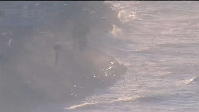 Extremely High Tides Hit San Diego California Nbc 7 San Diego