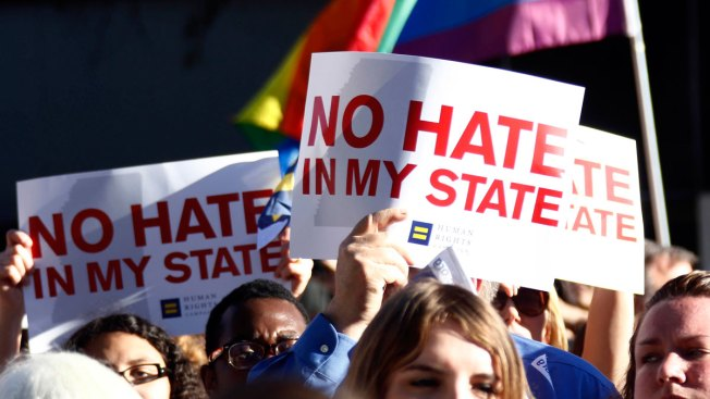ACLU, Gay Couple Sue Mississippi Over 'Religious Rights' Law
