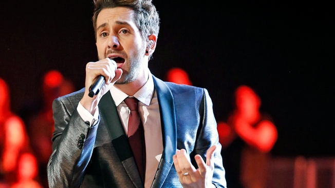 "Team Adam Proves Its Mettle in ""The Voice"" Live Semifinals"