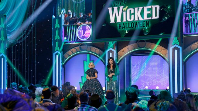 Broadway Musical 'Wicked' Celebrates 15-Year Run With NBC Special