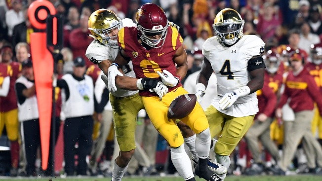 USC Takes Early Lead But Can't Take Down Notre Dame